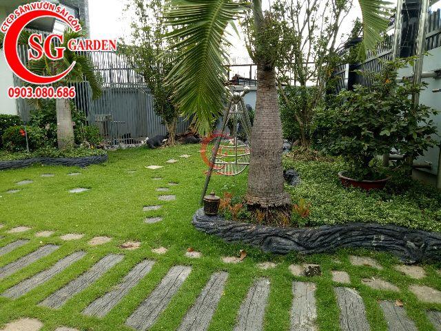 Thi công hoàn thành sân vườn anh Dũng Bình Dương 1
