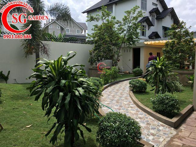 Hoàn Thành Sân Vườn Biệt Thự Anh Hùng Quận 2 7