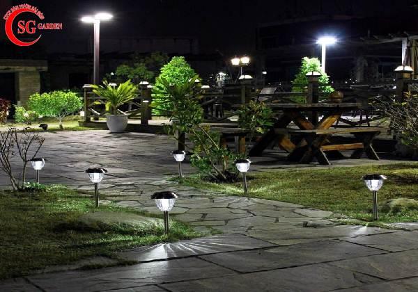 đèn trang trí sân vườn 4