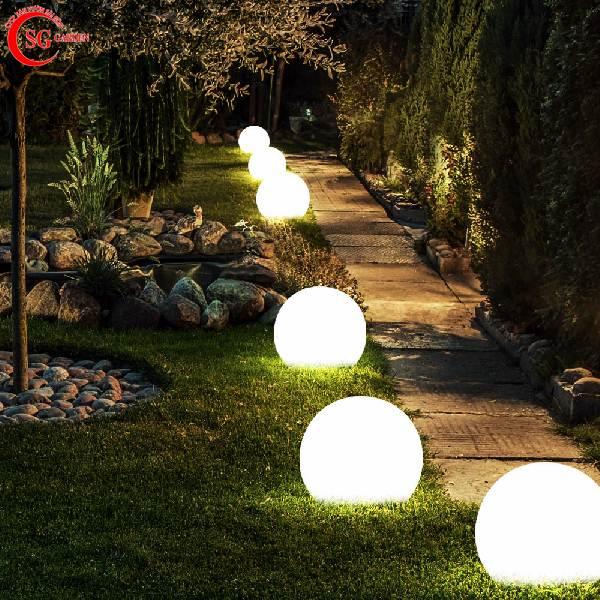 đèn trang trí sân vườn 8