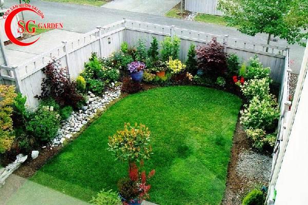 sân vườn nhỏ châu âu 2