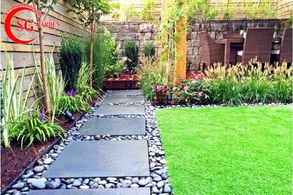 sân vườn nhỏ sau nhà 2