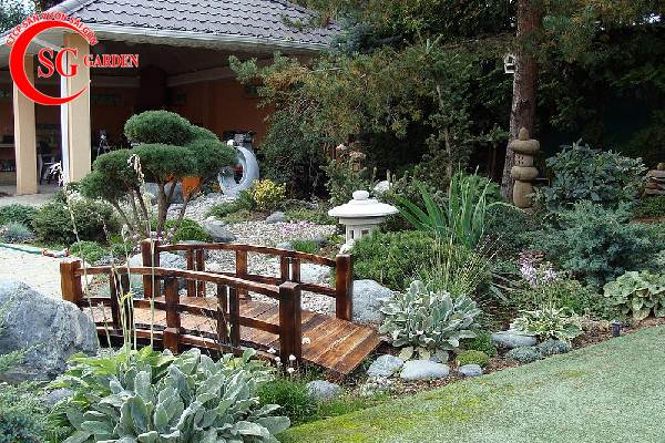 sân vườn trước nhà phong cách Trung Quốc