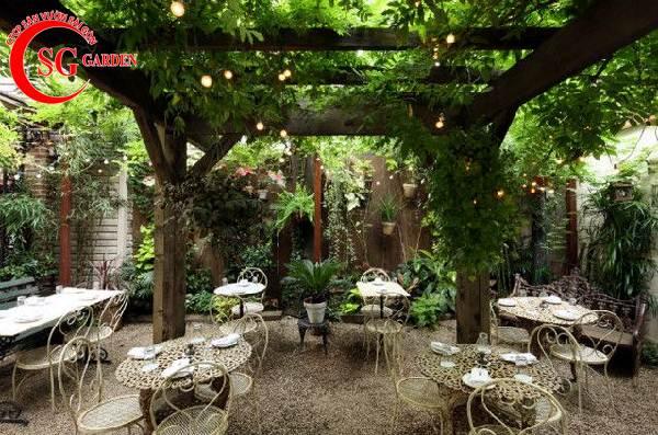 thiết kế nhà hàng sân vườn 10