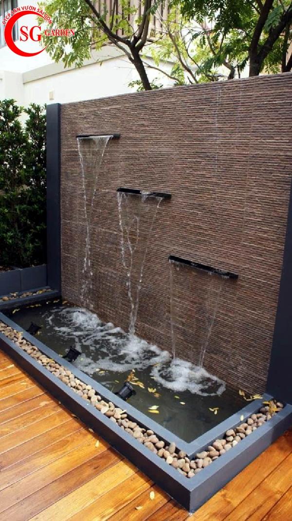 tiểu cảnh thác nước tren tường 2